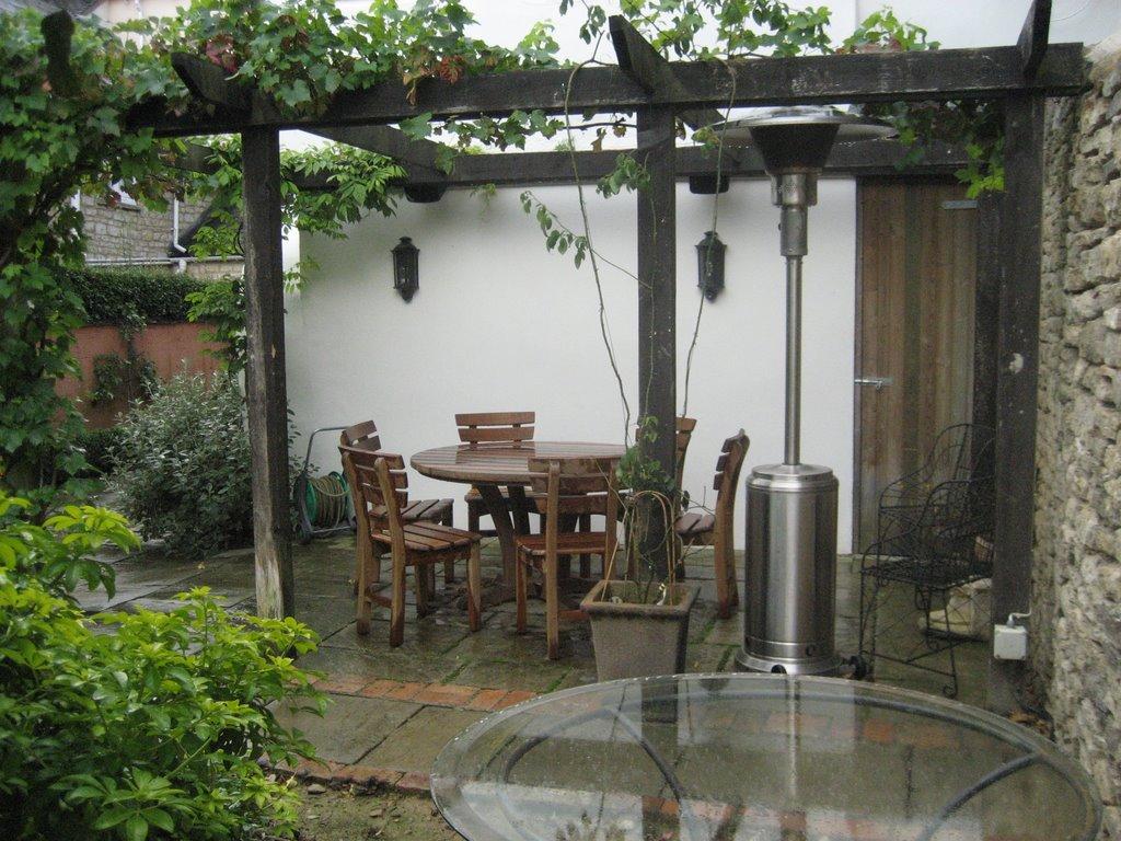 Jacquie gordon garden design gallery the breakfast for Breakfast terrace